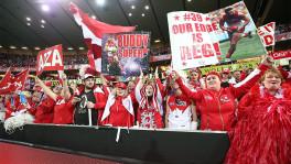 Sydney Swans crowd